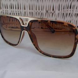 001 Слънчеви очила, ретро форма, мъжки модел.