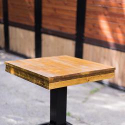 Бар маси, маса с метален крак