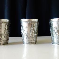 Немска чаша от калай релефна.