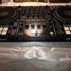 Продава се чисто нов Pioneer Ddj-1000 DJ драйвер за Rekordbox на склад