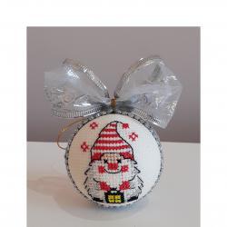 Промоция на Коледни играчки с ръчна бродерия