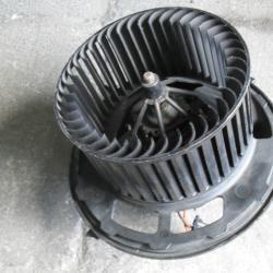 Вентилатор за парното Febi 38605 за БМВ Е90 BMW E82 E90 X1 X3 Z4