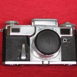 Продавам фотоапарат  -  Kiev, с вграден светломер.