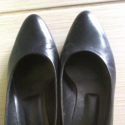 обувки с нисък ток ест. кожа