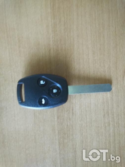 Ключ с дистанционно 3 бутона за Honda CRV 2002-2006