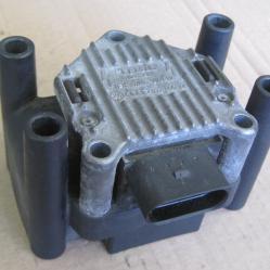 Запалителна бобина 032905106 Beru 0040100022 VW Golf 4 A3
