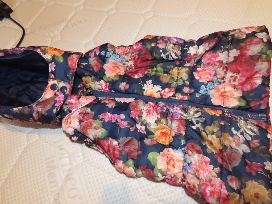 Цветна грейка за момиченце,  H&m, 4-5 години ръст до 110 см.