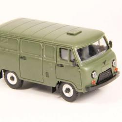 УАЗ - 3741 грузовой фургон пластик хаки