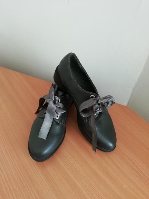 Нови обувки, 36 номер