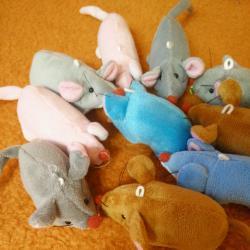 Играчка за котка - плюшена мишка