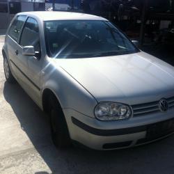Volkswagen Golf, 2000г., 210000 км, 1190 лв.