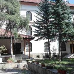 Продава се хотел с ресторант в Самоков