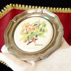 Немска чиния за хапки, картина на Лоза Силванер.