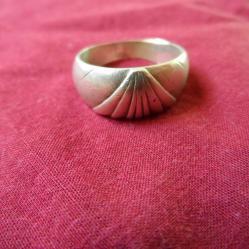 женски сребърен пръстен