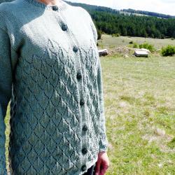 Ръчно плетена памучна жилетка