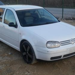 Volkswagen Golf, 1999г., 240000 км, 350 лв.