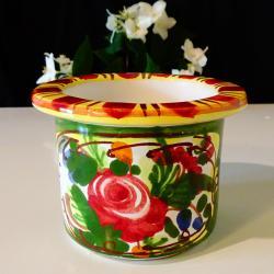 Немска керамична саксия, ръчно рисувана.