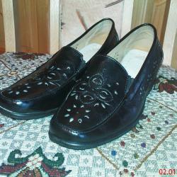 Обувки летни дамски от естествена кожа 38, 25 лв.