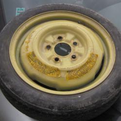 Резервна гума тип патерица за Мазда 626 Mazda 625 125 70r15
