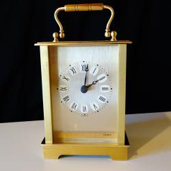 Западно Германски настолен часовник, месинг.