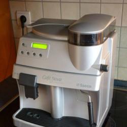 Оторизиран сервиз Саеко Делонги продава Кафе машина Saeco Vienna Digit