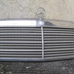 Маска Решетка за Мерцедес 124 Mercedes W124