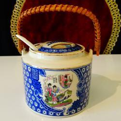 Захарница китайски порцелан, кобалт, злато.
