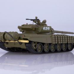 Моделче на танк Т-72б, в мащаб 1 43