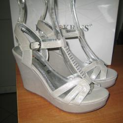 Дамски сандали м. 501