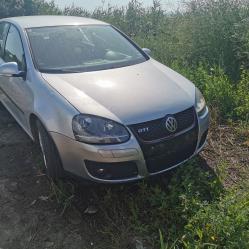 Volkswagen Golf, 2005г., 180000 км, 177 лв.