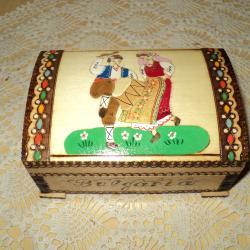 Сувенири от дърво  -  Лебед  -  Кутии  -  Хаванче  -  Чини