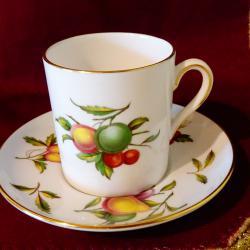 Чаша с чиния английски порцелан, злато.