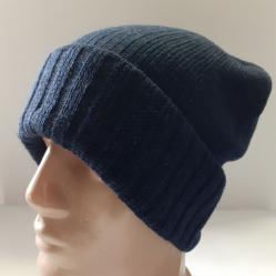 Мъжка плетена шапка в тъмно син цвят 7
