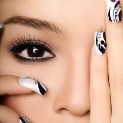 Курсове по декоративен маникюр и декоративна ноктопластика