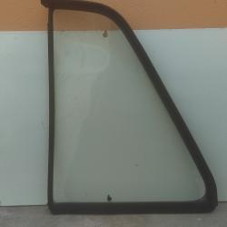 Задно дясно триъгално стъкло и водач за подвижното на Джета Голф 2