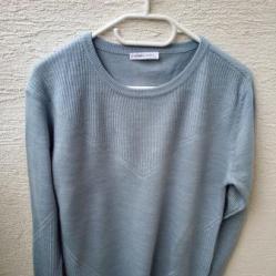 Светлосиньо пуловерче