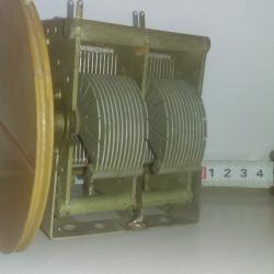 Променлив радиокондензатор