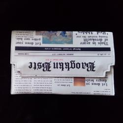 Дамска чанта клъч тип вестник