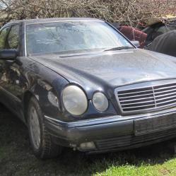 Mercedes-Benz E200, 1997г., 200000 км, 888 лв.