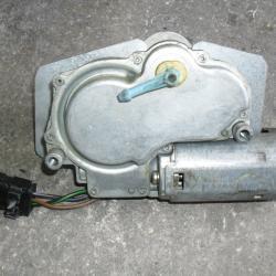 Моторче задна чистачка 8A9 955 713 за Ауди 100 Audi 100 A6 80 B4 Combi