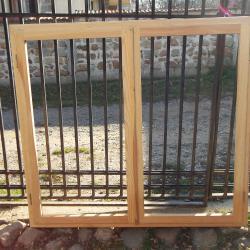 Масивна дограма еднокатен нов прозорец