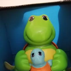 Детска играчка Tomy костенурки майка и бебе