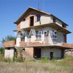 Къща в село Саранско