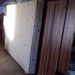дунапренов матрак с основа и дървена рамка