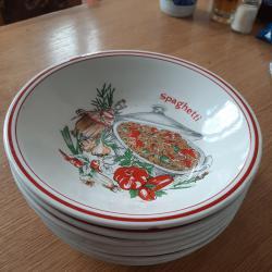 чинии за спагетти