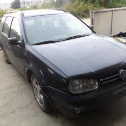 Volkswagen Golf, 1999г., 1 км, 111 лв.