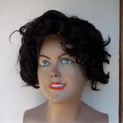 къса черна и прошарена кафява перука перуки