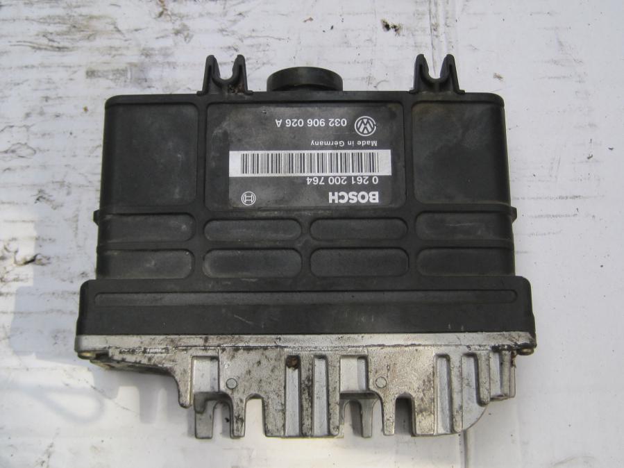 Компютър 0261200764 Bosch 032906026 Aза Фолцваген Голф 3 VW Golf 3 1,6