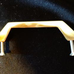 Месингова дръжка за мебели.