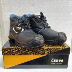 Работни обувки със защита Raven XT Ankle S1P SRC